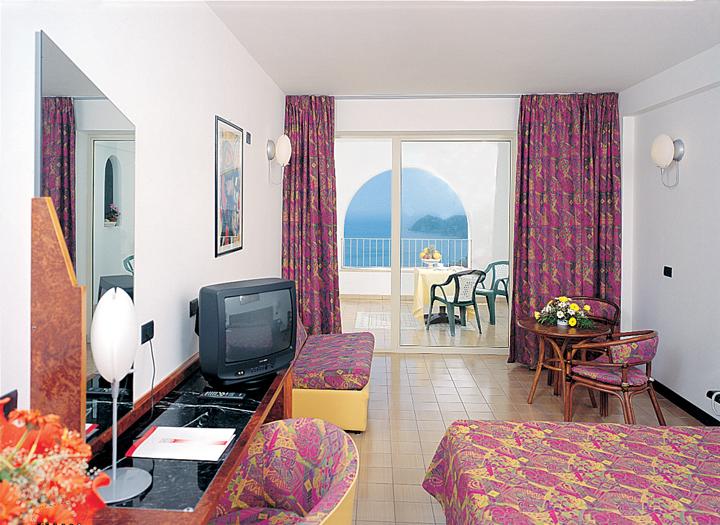 Honeymoon | Wedding receptions on Lake Garda